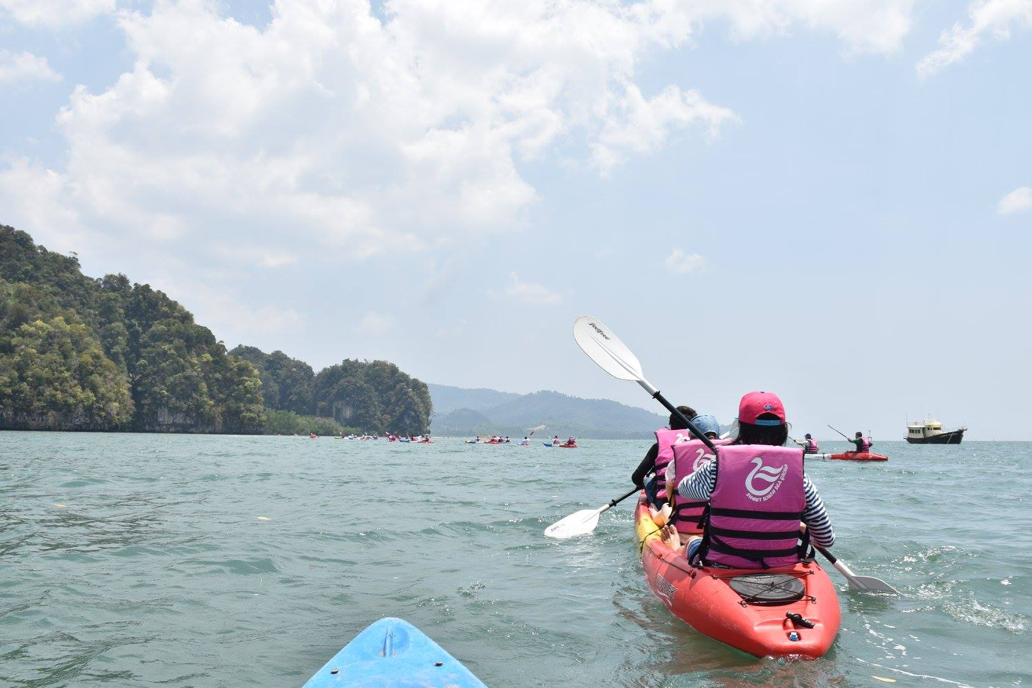 KAYAKING KAROS KRABI